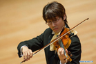 Chines Violinist wins first prize at Budapest Competition