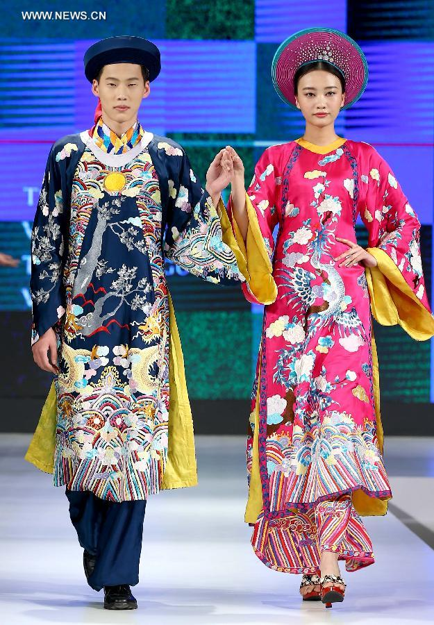 creations shown at asean and chinese costume culture