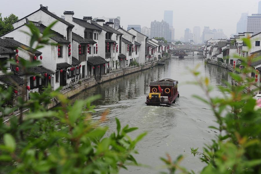 the history construction and contribution of the grand canal in china Construction began on the first portion of what was to become the grand canal in 486 bc, during the zhou dynasty (1122-221 bc) this first section connected the yangtze river at yangzhou (40 miles south of gaoyou) north through present day gaoyou to huai he (approx 45 miles north of gaoyou.
